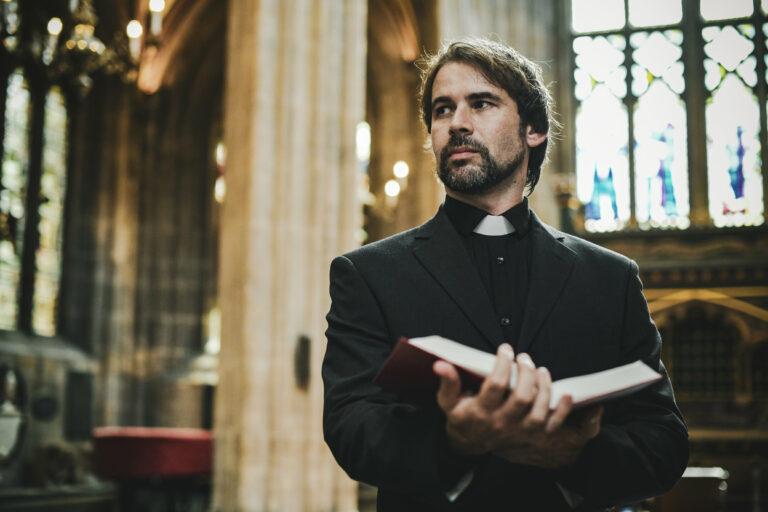 Was Priester verdienen