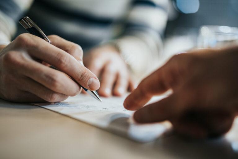 Worauf ist beim Arbeitsvertrag zu achten